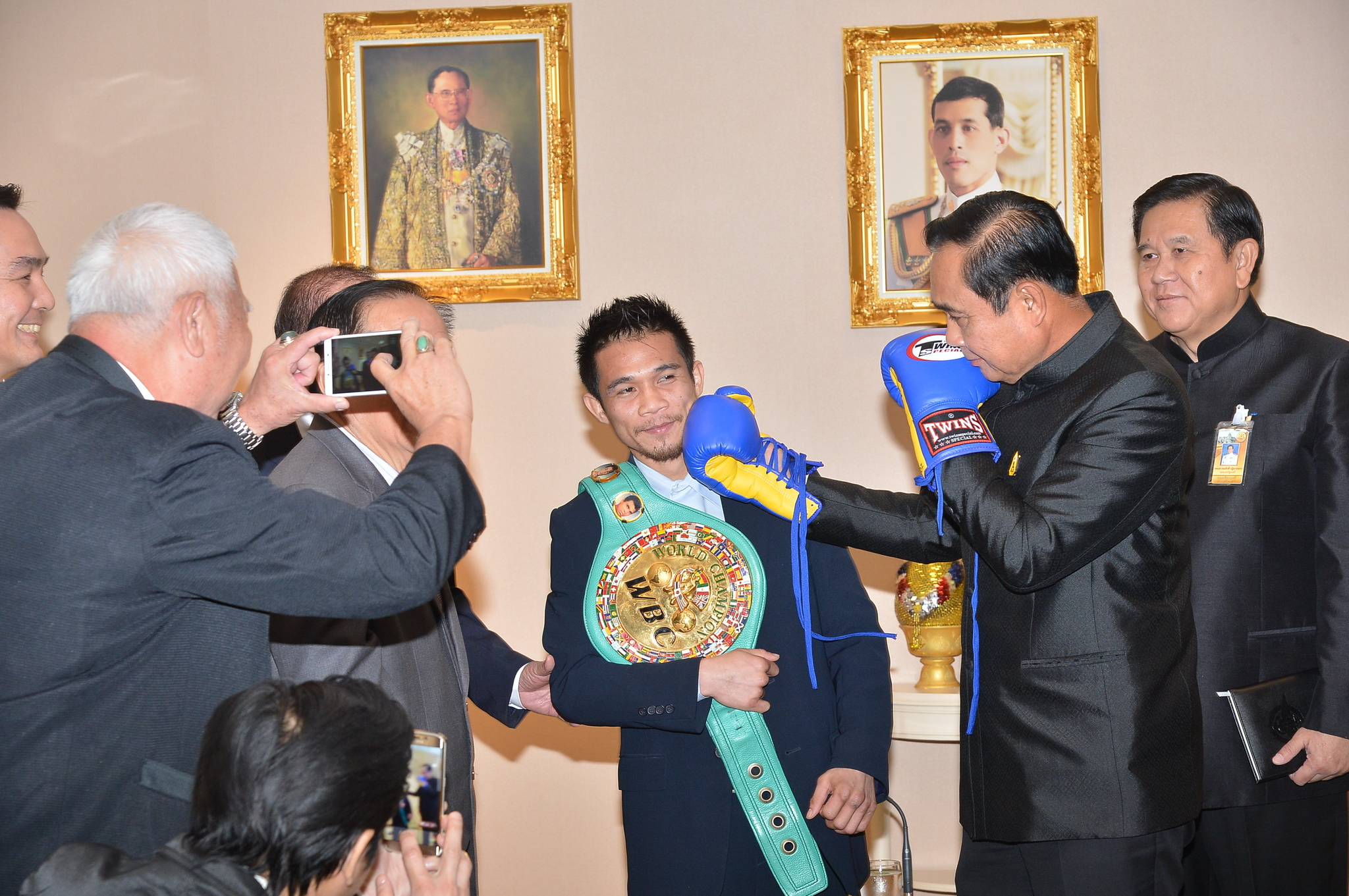 "<a href=""website_en/news/news_detail/WNPOL6003280010011"" target=""_blank"" class=""fontbold font14"" style=""line-height: 1.5em;"">Sisaket Nakhonluang Promotion visits PM at Government House</a>