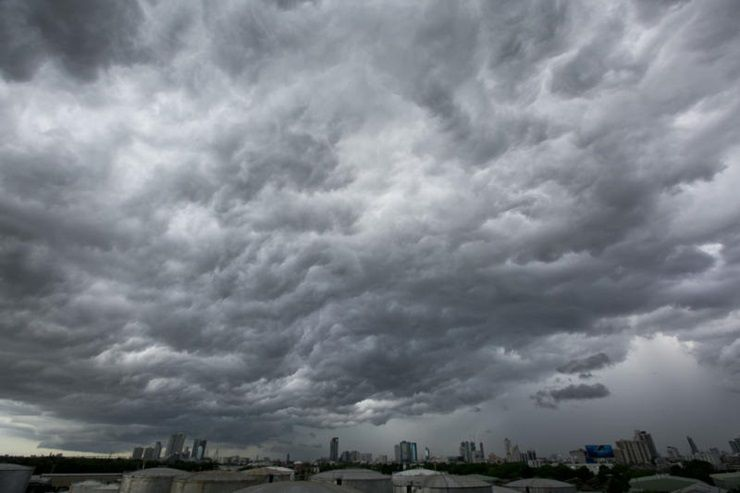 """<a href=""""website_en/news/news_detail/WNWEA6007220010001"""" target=""""_blank"""" class=""""fontbold font14"""" style=""""line-height: 1.5em;"""">Thailand continues to experience thundershowers</a>                              <p>BANGKOK, 22nd July 2017 (NNT) – Thundershowers can be expected in the upper part of Thailand this weekend.   According to the Meteorological ...</p><p class=""""fontbold gray-color"""">22 Jul 2017 